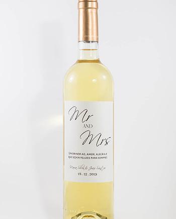 Garrafa de vinho branco com rótulo personalizado - Casamento - Mr & Mrs, com nome dos noivos e data da cerimónia
