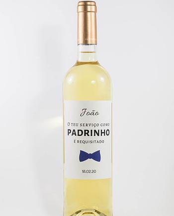 Garrafa de vinho branco com rótulo personalizado - Casamento - O teu serviço como padrinho é requisitado, laço azul