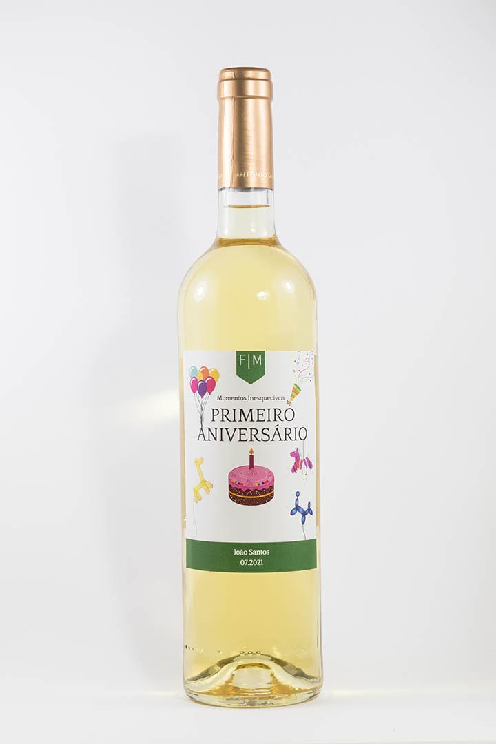 Garrafa de vinho branco com rótulo personalizado - Nascimento - Primeiro aniversário
