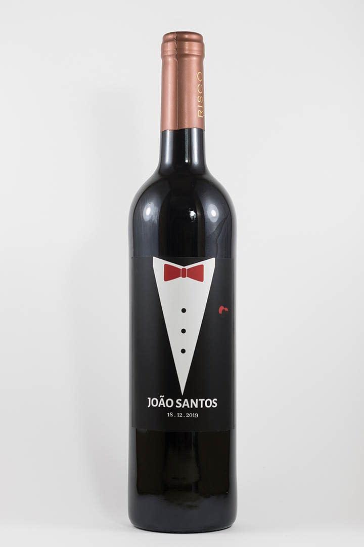 Garrafa de vinho tinto com rótulo personalizável - Casamento - Fato: nomes e data personalizáveis