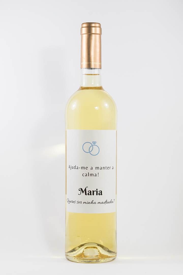 Garrafa de vinho branco com rótulo personalizado - Casamento - Ajuda-me a manter a calma, com nome e anéis azuis