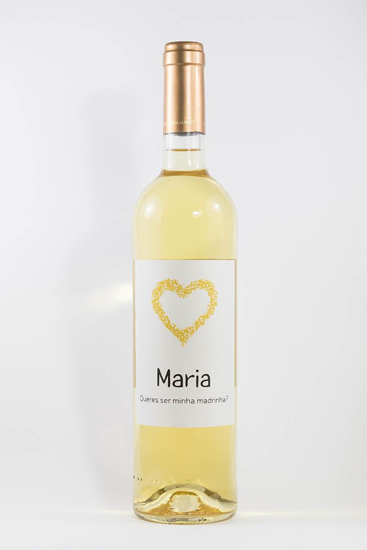 Garrafa de vinho branco com rótulo personalizado - Casamento - Queres ser minha madrinha, com nome e coração amarelo