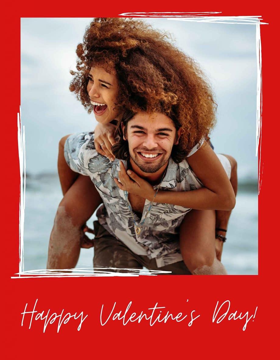 Rótulo de dia dos namorados, com foto em fundo vermelho